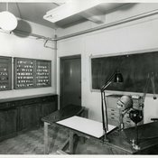 Photograph of a demonstration room complete with phantom head, 1958 (Ref: G/PH Pre-clinical class)