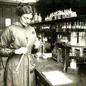 Student at work in the laboratory, c1915 (Ref: Q/PH3/9)