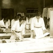 Laundry work at King's College of Household and Social Science, c1930 (Ref: Q/PH3/15)