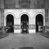 Entrance of King's in early 1920s