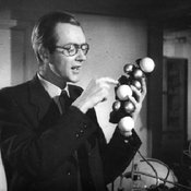 Maurice Wilkins and DNA molecule