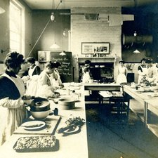 Housekeepers' course at South-Western Polytechnic, c1900 (Ref: C/PH4/10)