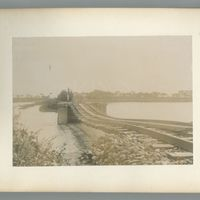 china-photograph-album-00015-60308 (Image 14 of visible set)