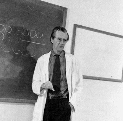 maurice wilkins Wilkins, maurice hugh frederick, 1916-2004, molecular biologist administrative /  biographical history born pongaroa, new zealand, 1916 family moved to.